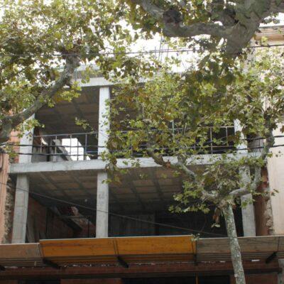 Edifici d'habitatge i local a la rambla Francesc Macià núm. 10 d'Arenys de Munt